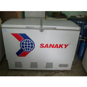tu dong cu gia re sanaky - dienmaylocphat.com